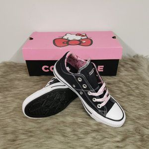 Converse Madison Low Top Hello Kitty Sneaker